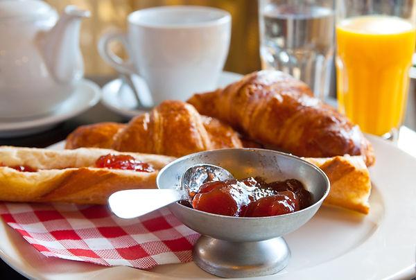 Croissants et Jam