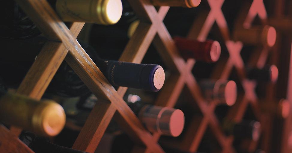 wine list, lunch menu, dinner menu, brunch menu, seasonal drinks, cocktails, local beers