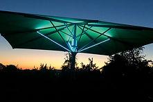 Jumbrella-LED-Gruen-Bahama-de.jpg
