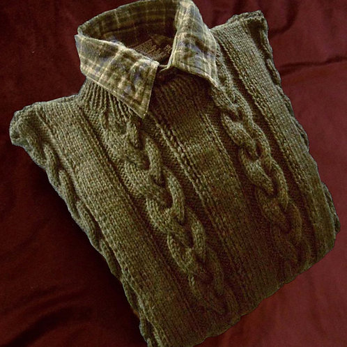 Men's Hand Knit Wool Cabled Crew Neck Pullover in Pine Tree Green, Sz Lg (& up)
