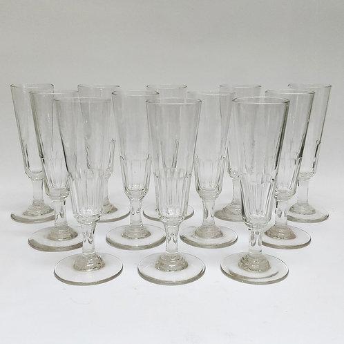 12 champagne flutes