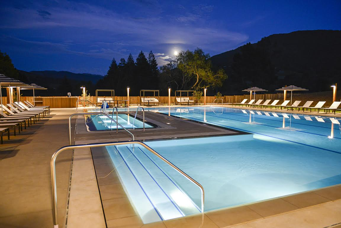 RR Relaxation Pool - Night 1