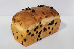 Crusty White Bread with Raisins