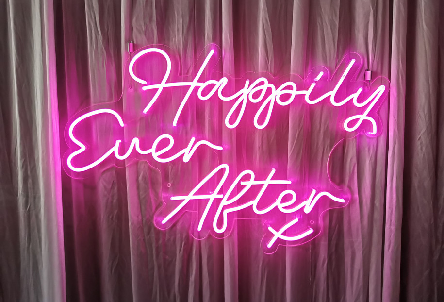 Neon sign hire south wales.jpg