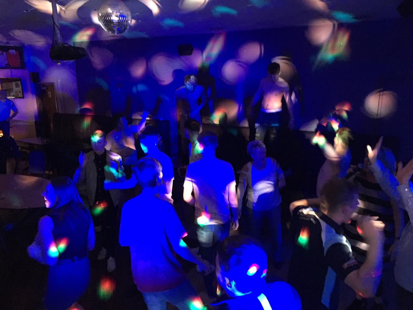 Full Dance Floor @ Bargoed RFC