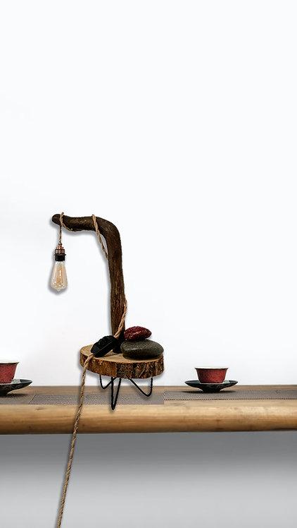 Treibholz-Tischlampe Sumatra