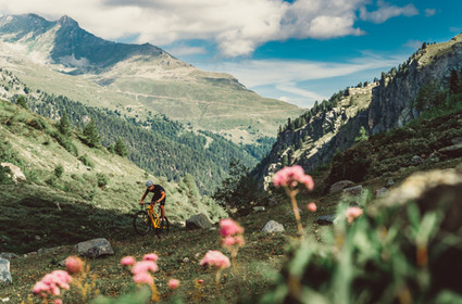 Shooting the new BMC Fourstroke XC race bike in the Swiss Alps