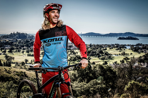 Athletic Portrait Photography: Pro mountain biker portrait