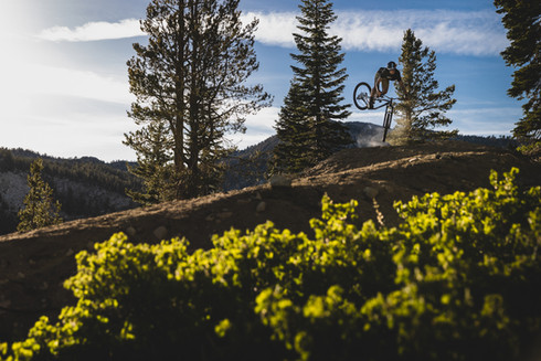 Mountain Bike Photography | Pro rider Ray Syron in North Lake Tahoe