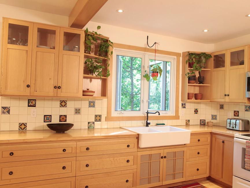 Arts & Crafts Oak Kitchen