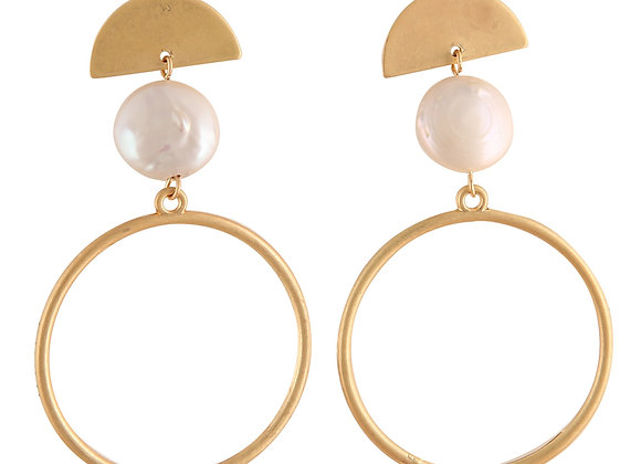 Gold Hoop Earring with pearl