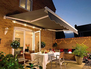 Residential_RetractablePatio.jpg