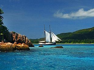 Segelkreuzfahrten Seychellen.jpg