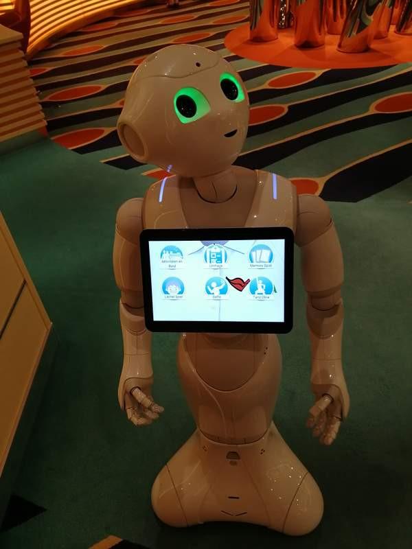 AIDAPRIMA Pepper, der Aida-Roboter