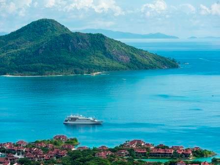 Crystal Cruises Crystal Esprit small ship cruise
