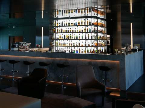 SCENIC ECLIPSE Lounge Bar