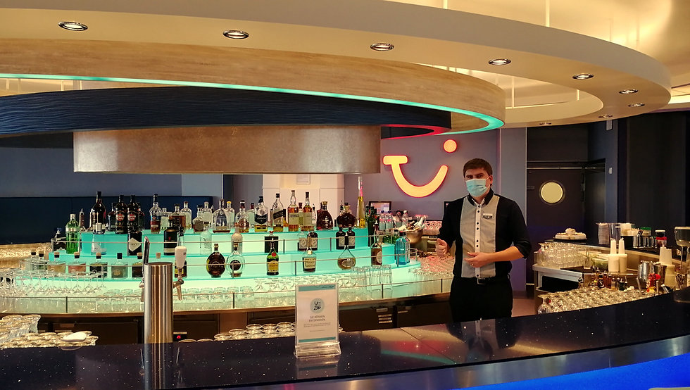 TUI Cruises.jpg