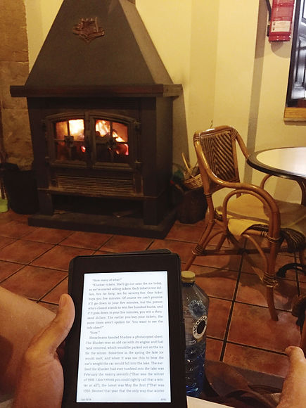 Kindle Paperwhite—3 Reasons it's the Easiest Way to Read