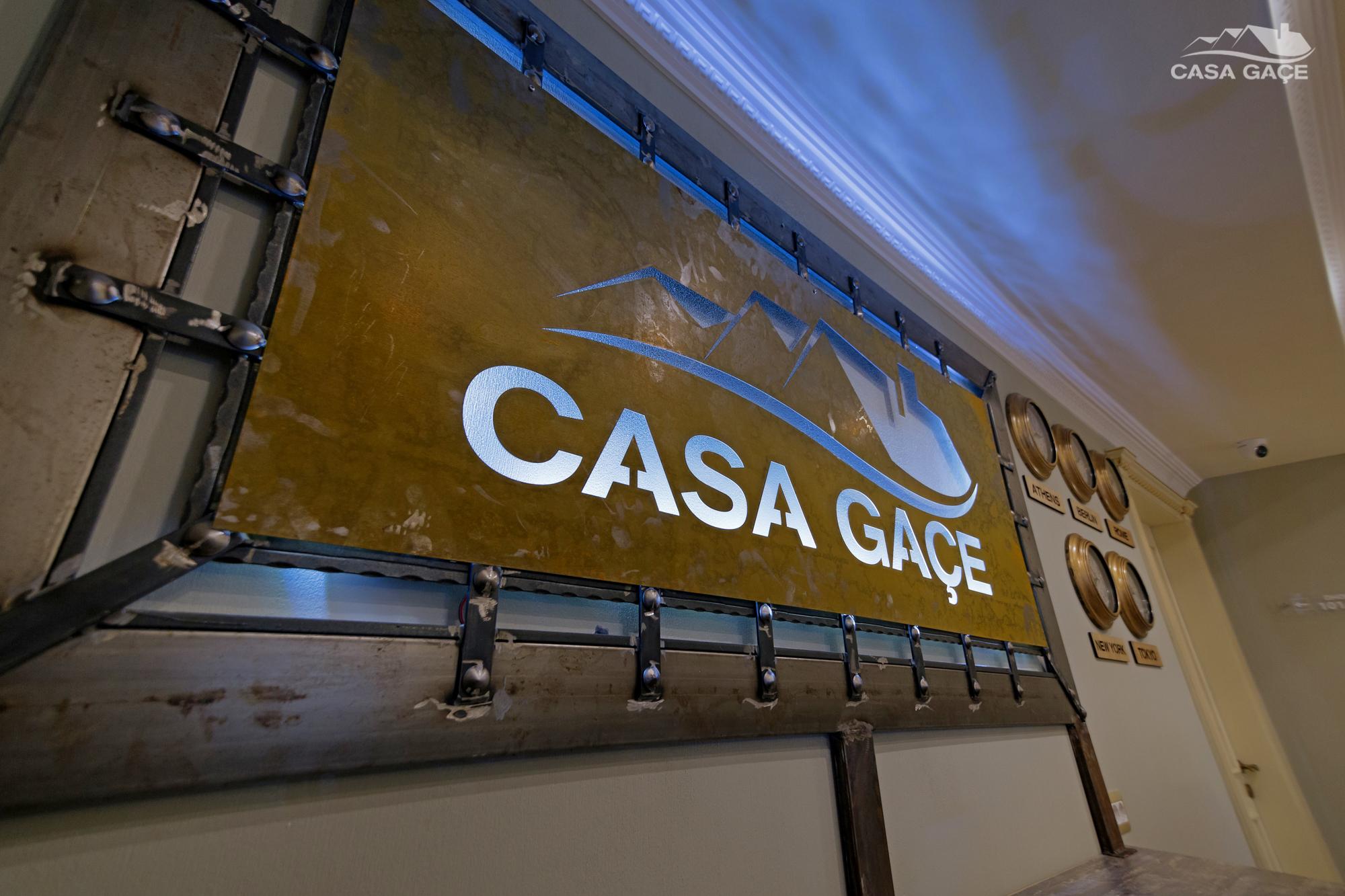 Casa Gace - serenata korcare