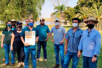 Técnicos da Agraer visitam Fazenda Recanto para conhecer o manejo na piscicultura