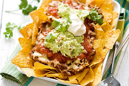 vegetarian-nachos-with-guacamole-86796-1