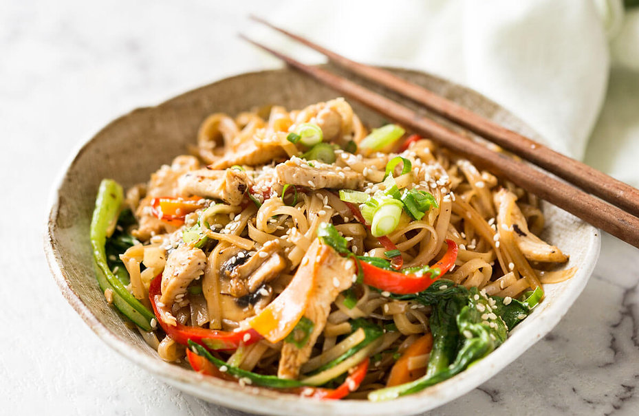 Chicken-Stir-Fry-with-Rice-Noodles-5.jpg