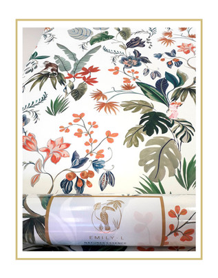 EMILY • L wallpaper2