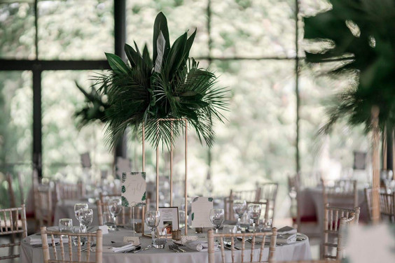 PALM LEAVES Table cards
