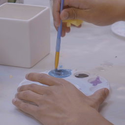 Painting Square Vase 1.png