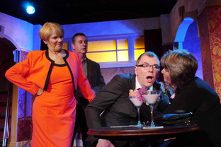 Upbeat comedy puts on the 70s' style
