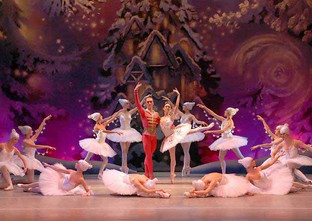 Ballet is a Christmas cracker