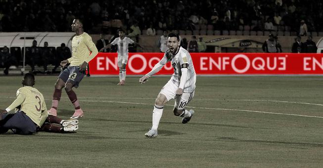 Enfoque LED Messi ByW 2.jpg