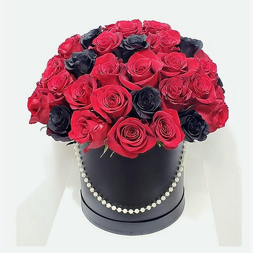 Large Elegant Black Round Bow Red & Black Roses