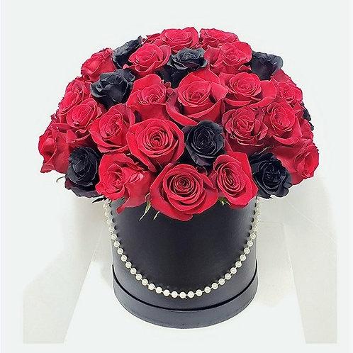 Small Elegant Black Round Box Red & Black Roses