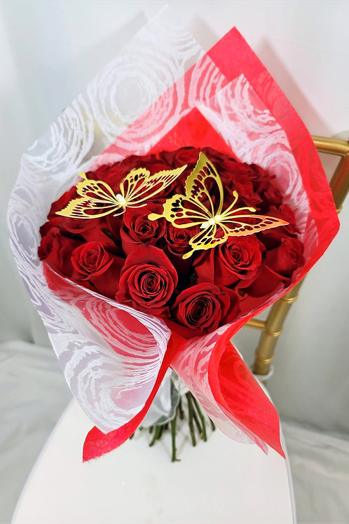 Red White Wrapping Paper Premium Roses Bouquet
