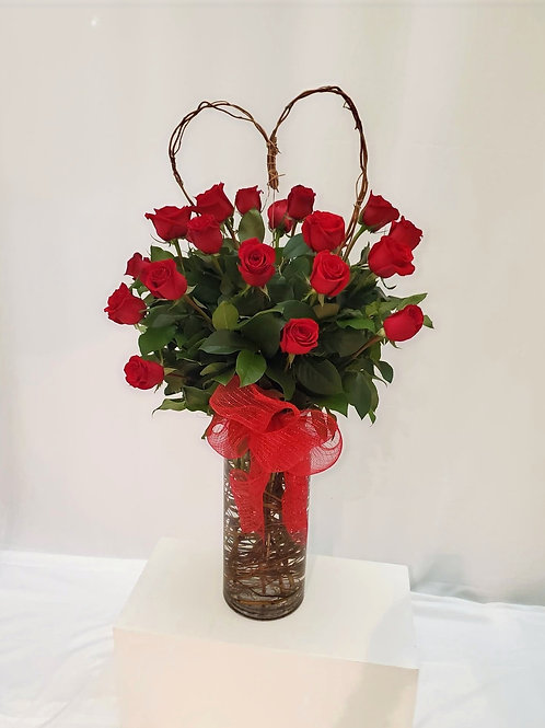 X Large Fresh Willow Branch Heart Fresh Roses