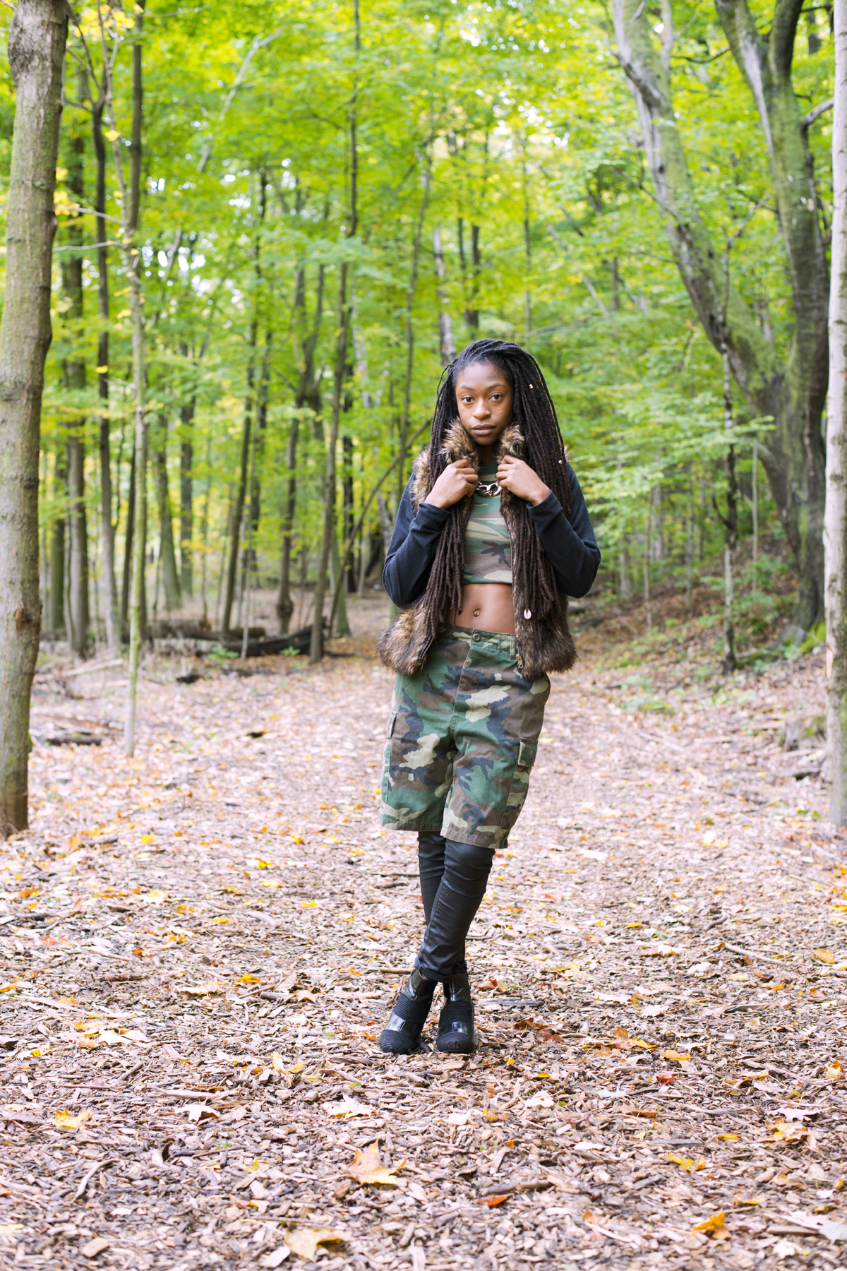 3/4 Ways To Style Crop Tops In Fall