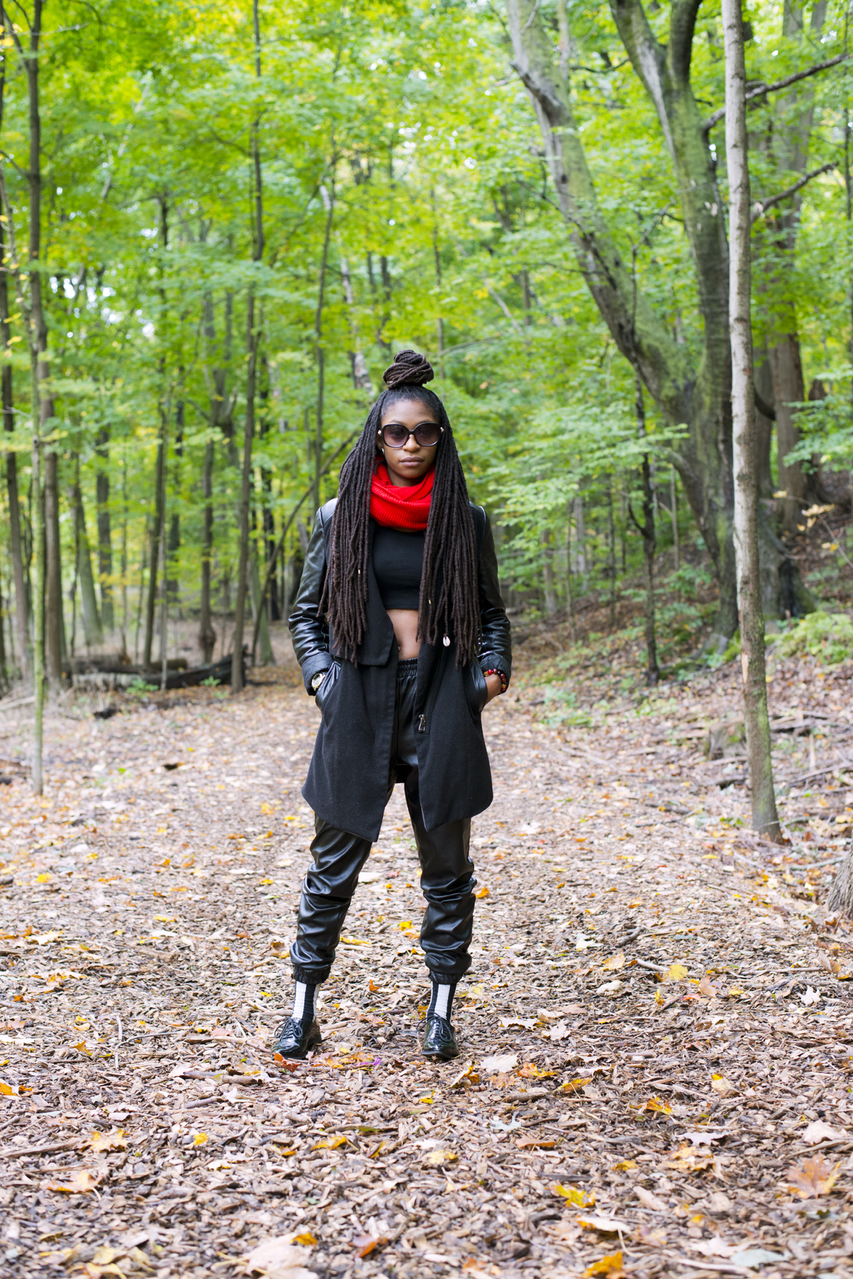 2/4 Ways To Style Crop Tops In Fall