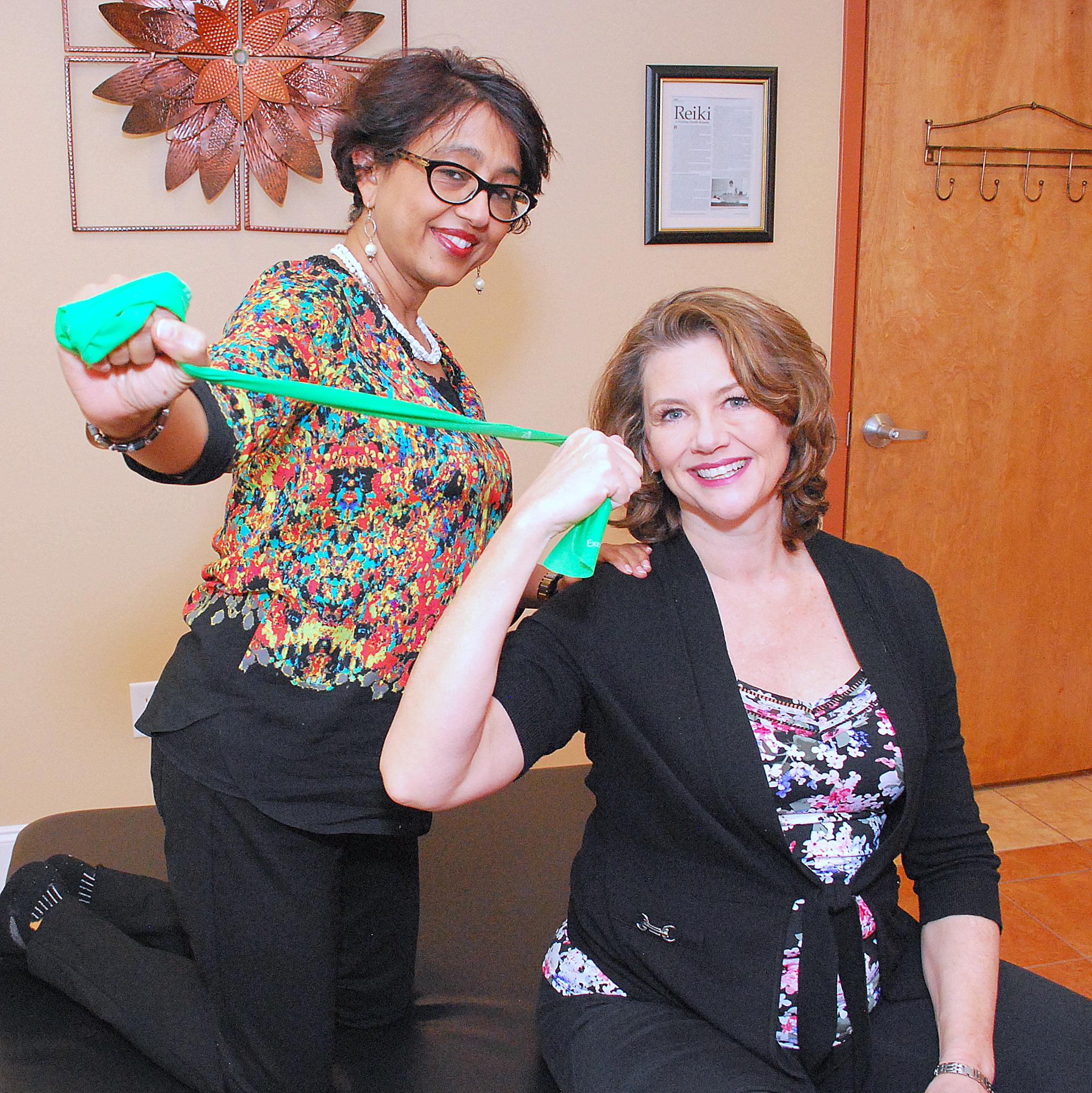 Singer Kelly Hogan & Hima Dalal