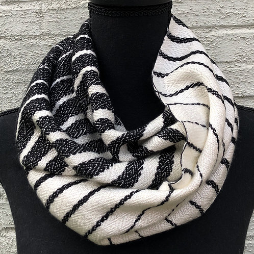 Black & White Gradient Seafarer Scarf
