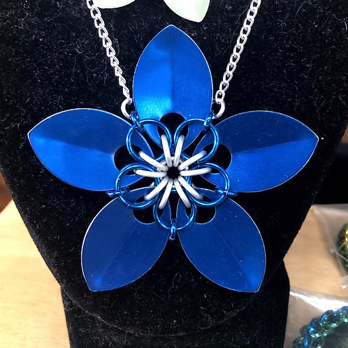 Chainmail Flower Necklace