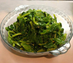 Snow Pea Leaves with Minced Garlic