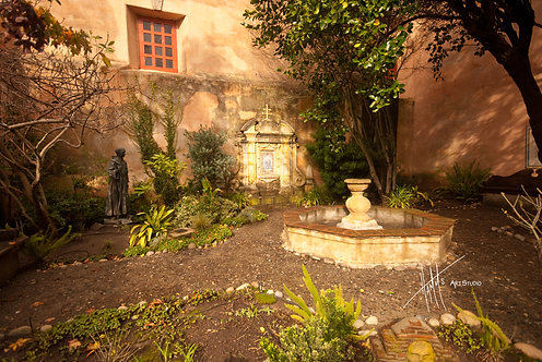 W62F Carmel Mission Courtyard
