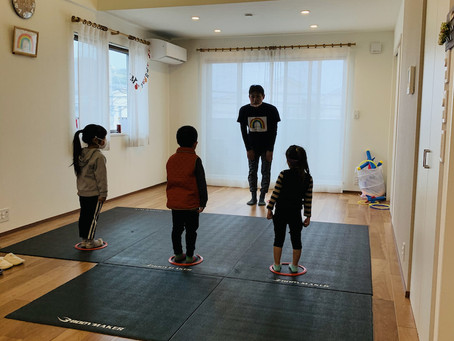 幼少期からの「運動・食育・学び」の教室『すまいるスクール』ワイワイ楽しく体験会開催しました(*^^*)