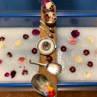 Water and flowers - mixing and pouring