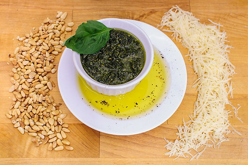 Papparedelle's Traditional Basil Pesto Sauce