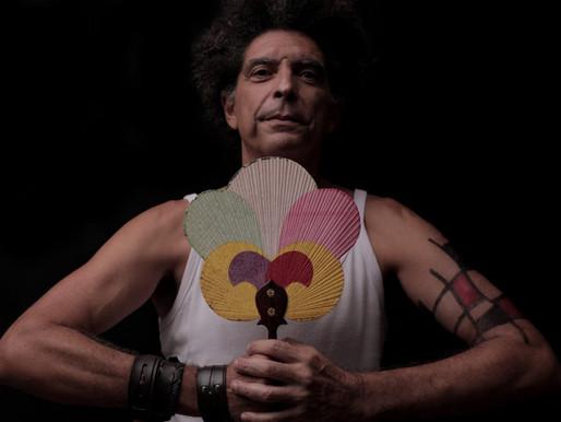 Crônicas do Apartamento 20 - O novo trabalho audiovisual do cantor e compositor Marcos Sacramento