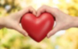 Love-Red-Heart-Hands-Wallpaper-Images-Fr
