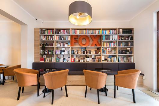 8-Fox-Away.jpg