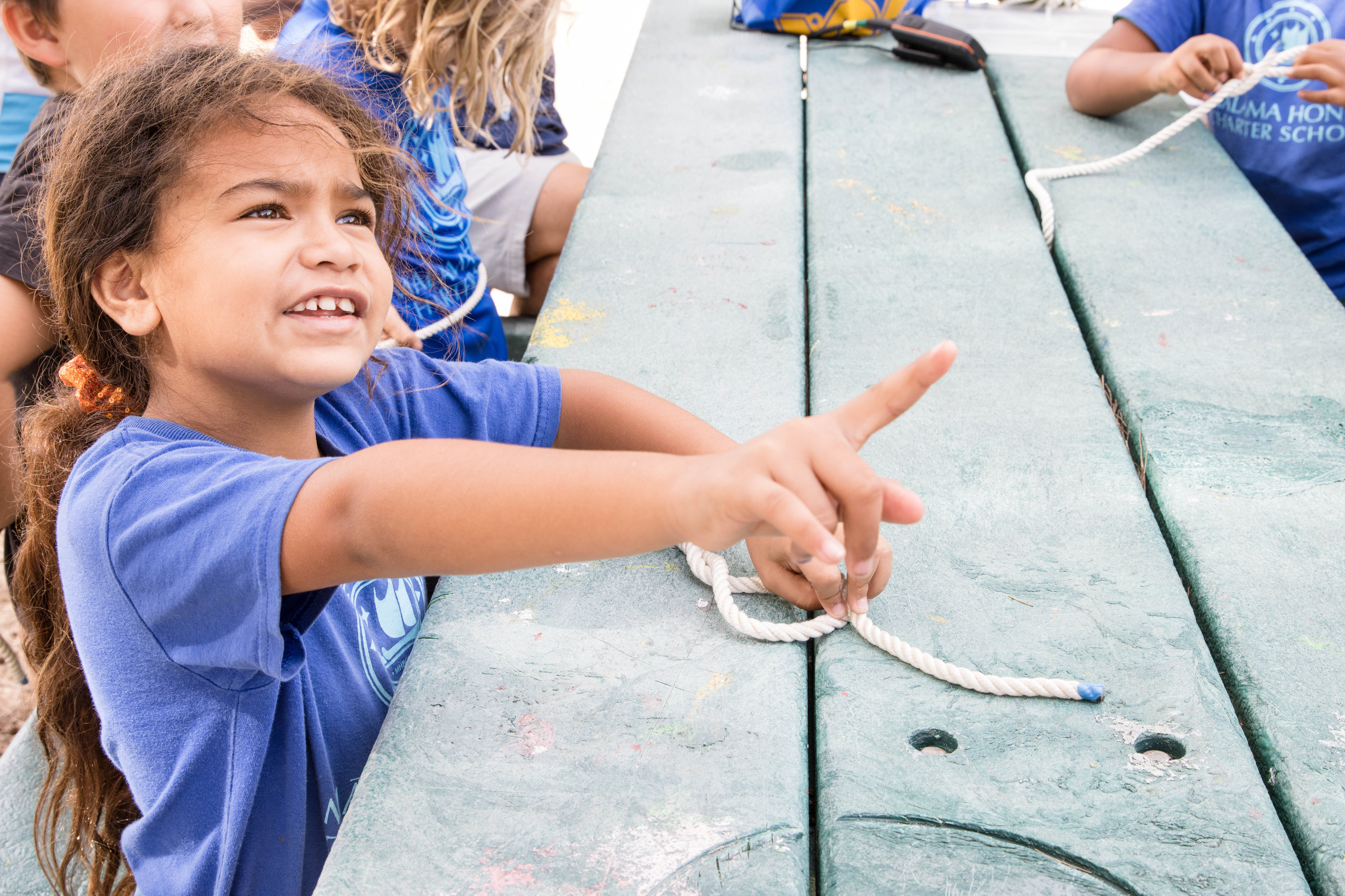 Students Learn Boating Knots
